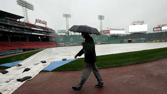 Lluvia evita el tercer partido entre Medias Rojas e Indios