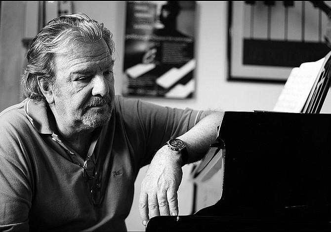 Pianista argentino Pablo Ziegler dará un concierto en Berklee