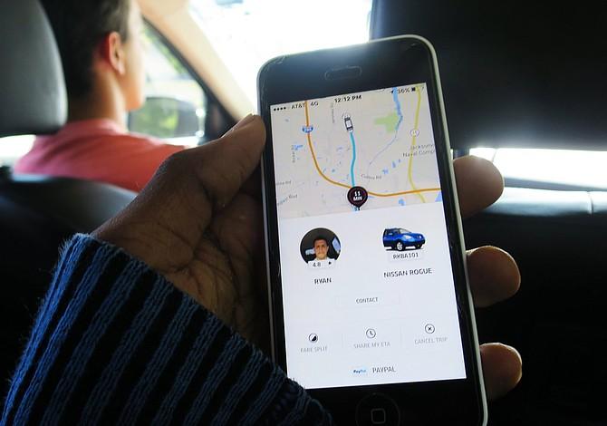 Travis Kalanick renunció como CEO de Uber, pero no se va a ninguna parte