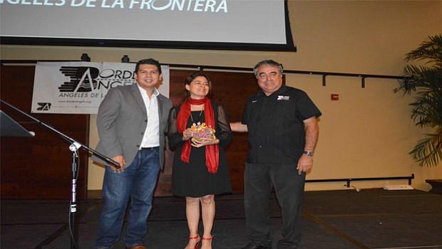 David Alvarez, regidor por el Octavo Distrito, Cónsul General de México en San Diego, Marcela Celorio y Enrique Morones, director de Ángeles de la Frontera.