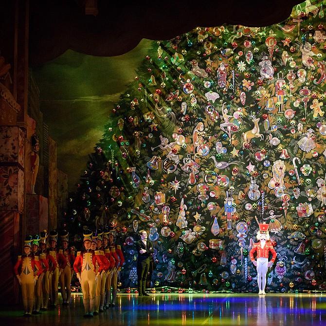 El Cascanueces de Mikko Nissinen, interpretado por Boston Ballet