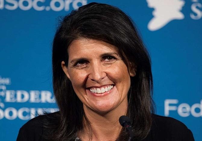 Trump elige a gobernadora Haley como embajadora ONU