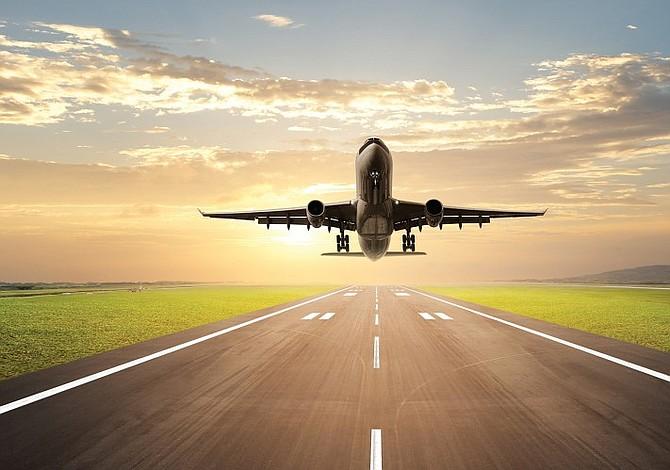 Aeropuertos del área de DC celebran la Herencia Hispana