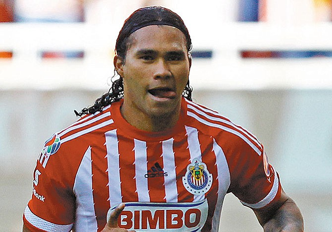 'Gullit' Peña regresa