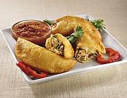 FAVORITAS. Las empanadas de pollo son muy populares.