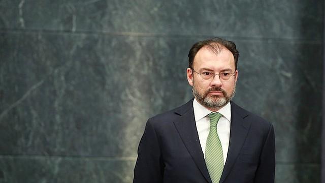 """Luis Videgaray, nuevo ministro de Relaciones Exteriores de México, dijo que México estaba """"entrando en una nueva era en las relaciones con Estados Unidos"""", en la cual Trump representaba muchas """"incógnitas""""."""