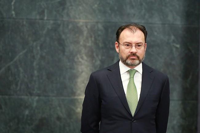 """Alto oficial del gobierno mexicano advierte """"nueva era en las relaciones"""" con EEUU bajo la administración Trump"""