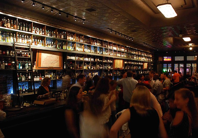 Del 14 al 22 de enero se podrá vender alcohol hasta las 4am en D.C.