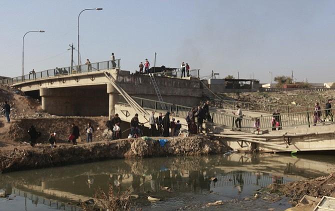 Estado Islámico usó barcos para atravesar el Tigris y atacar Mosul