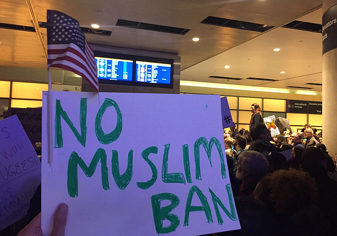 Trump se dirige a la Corte Suprema para avanzar con el veto migratorio