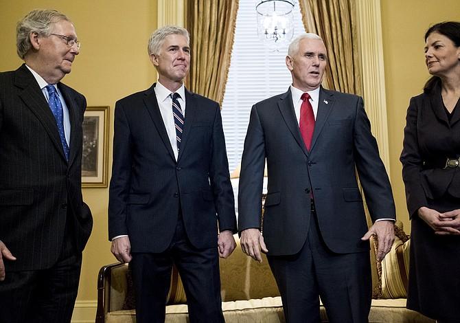 ¿Qué esperan los evangélicos de Trump con Gorsuch en la Corte Suprema?