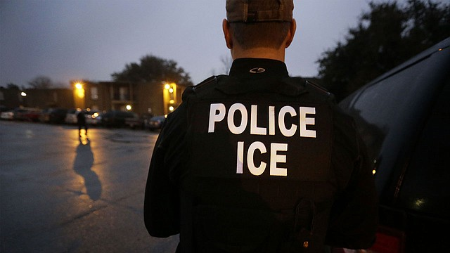 """El 26 de marzo pasado, ICE arrestó a un ex espía del FBI con el argumento de que había sido un """"segundo teniente al mando del Servicio Nacional de Seguridad Somalí""""."""