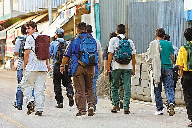 Migrantes del mundo se quedan en territorio mexicano