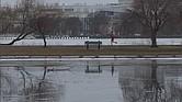 Paisaje invernal a orillas del Río Charles de Boston