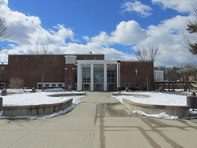 Lexington High School quedó en el primer lugar del ranking de escuelas secundarias de Massachusetts 2017, elaborado por Niche.com