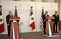 El secretario de Estado estadounidense, Rex Tillerson, a la izquierda, y el canciller mexicano Luis Videgaray, luego de su reunión en Ciudad de México.