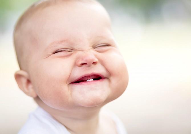 Una canción que promete sacarle una sonrisa a tu bebé