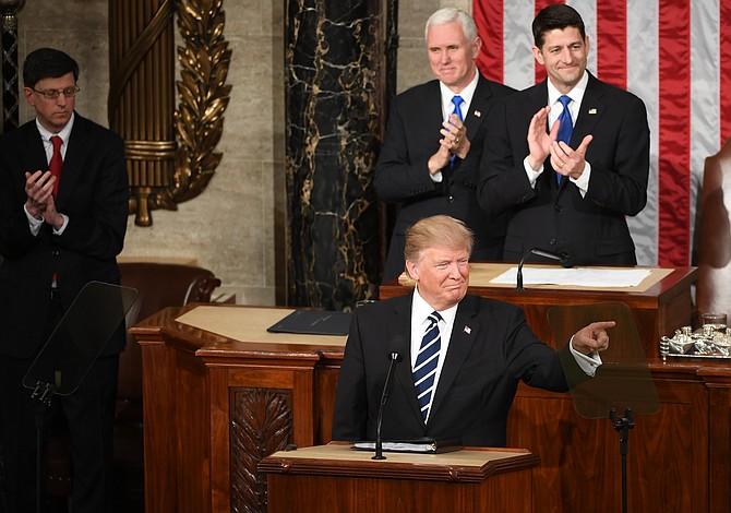 Todo lo que dijo Trump sobre inmigración en su primer discurso ante el Congreso