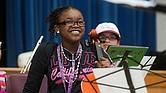 Niños y jóvenes viven el poder transformador de la música en El Sistema Somerville
