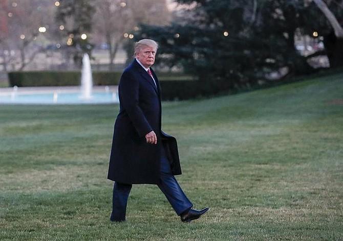 Trump renueva el veto migratorio pero elimina a Irak de lista