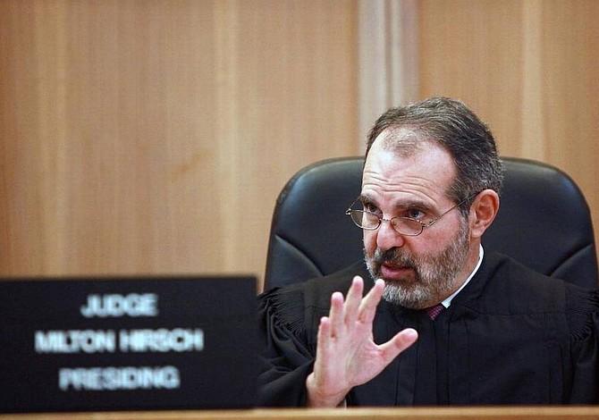 Juez de Miami: detención prolongada de indocumentados viola derechos