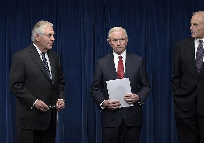 Top US officials explain aspects of Trump's new immigration order