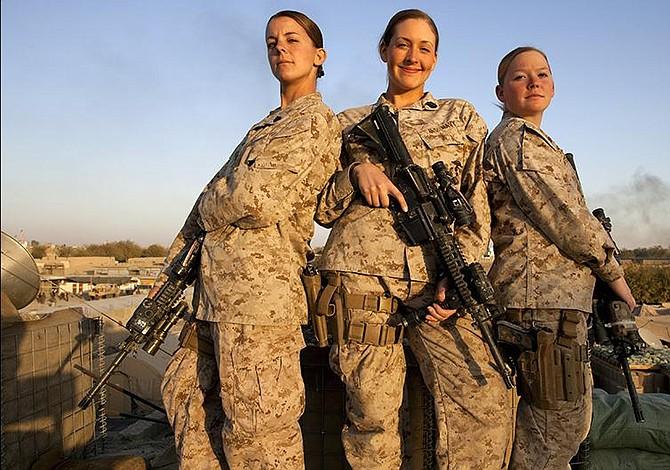 Escándalo en Marines de EEUU por difusión de fotos de compañeras desnudas