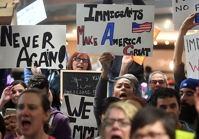 Hawai, primera que demandará nuevo veto migratorio de Trump