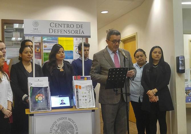 Se inauguró Centro de Defensoría en Consulado de México en Boston