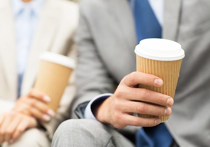 Azúcar en los líquidos: Descubre cuánto aportan tus bebidas favoritas