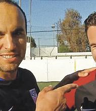 Masson Abate, segundo de izquierda a derecha.Foto-Cortesía: 7 San Diego, NBC News.