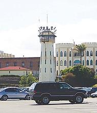 Exterior de la famosa prisión de San Quintín, California. Foto-Cortesía.