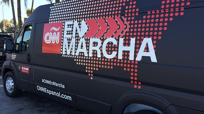 CNN en español cumple 20 años al aire reseñando noticias para los hispanoparlantes