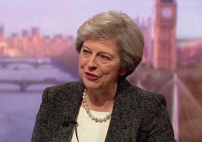 """May activará el """"brexit"""" el próximo 29 de marzo"""