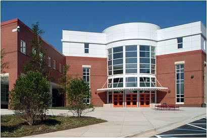 El presunto ataque del 16 de marzo en la Escuela Secundaria Rockville atrajo la atención nacional.