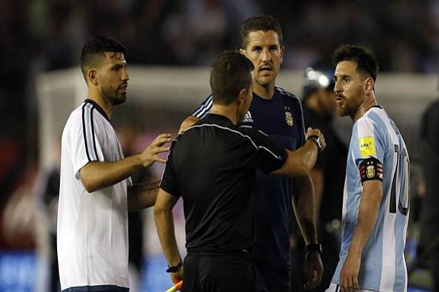 La FIFA supende a Messi por 4 juegos con la selección Argentina