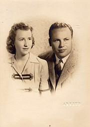 Foto familiar de John y Charlotte.
