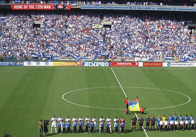 Honduras contra El Salvador en DC