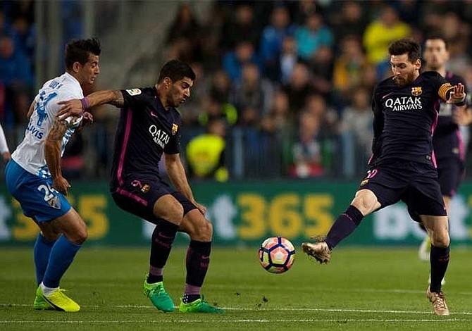 Messi y Suárez no marcan pero siguen liderando los goleadores en España