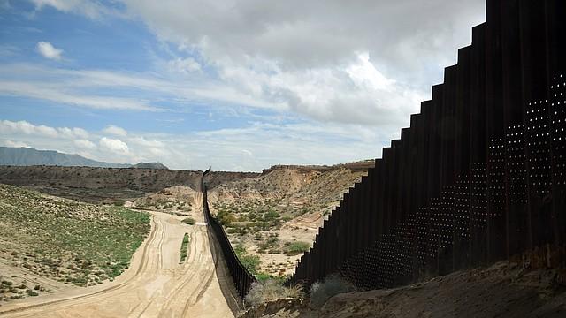 La frontera entre Estados Unidos y México en Sunland Park, Nuevo México, al este de El Paso.