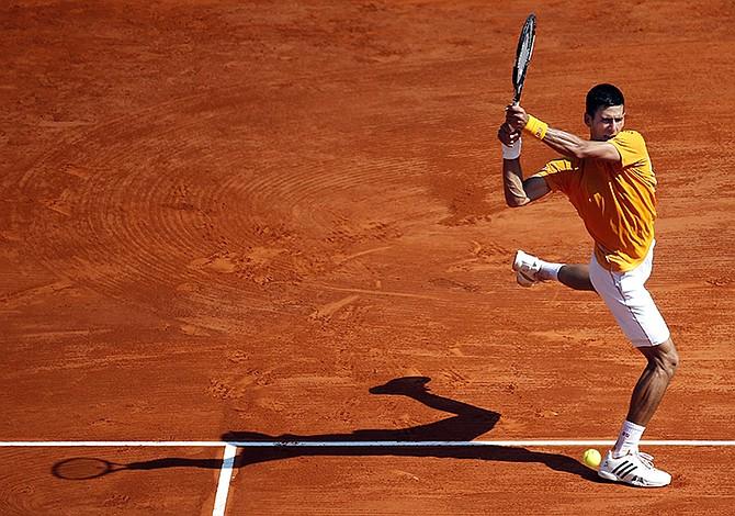 Djokovic reaccionó a tiempo; Mannarino sorprende a Tsonga