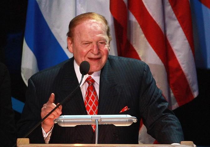 El magnate Sheldon Adelson donó $5 millones para toma de posesión de Trump