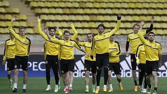 Bartra viaja a Mónaco a apoyar al Dortmund