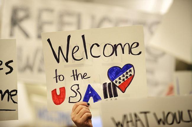 Corte Federal de Apelaciones mantiene congelado el veto migratorio de Trump
