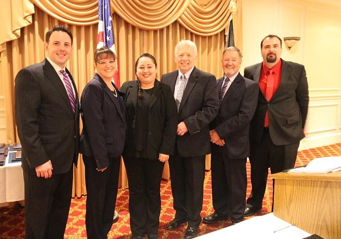 Varios latinos fueron reconocidos por la Cámara de Comercio de Revere