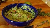 El guacamole es una salsa sencilla de hacer, pero cada quien tiene sus trucos de ingredientes y proporciones.