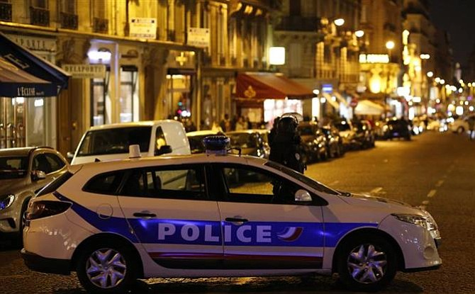 French president labels Paris shooting as terrorism