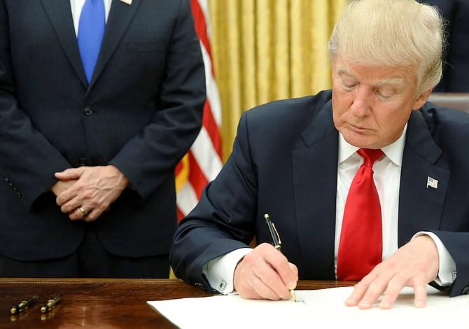 Trump revivirá ley de 1962 que permite restringir importaciones