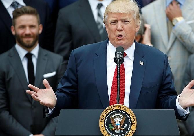 """Trump tiene """"muchas ganas"""" de reunirse con Francisco"""