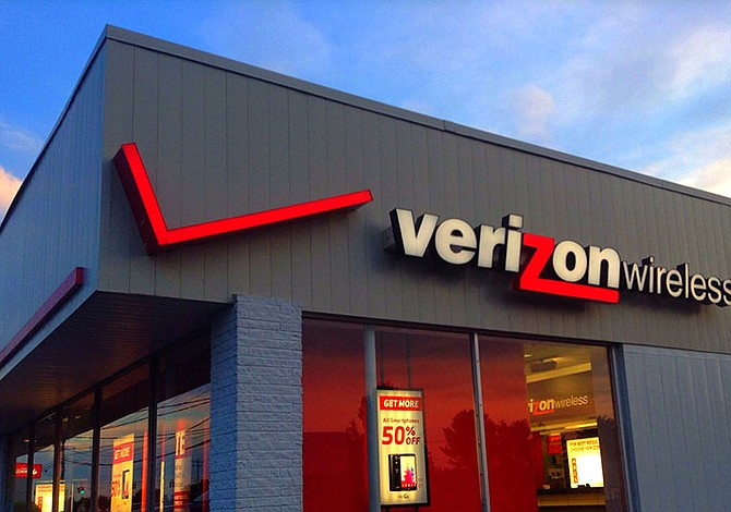 Beneficios trimestrales de Verizon cayeron 20%